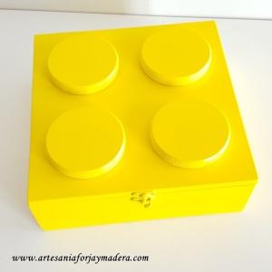 Caja de firmas Lego