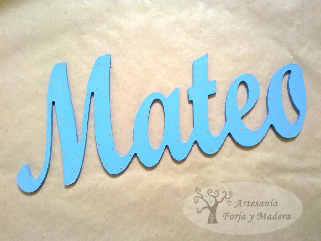84458d523 Nombre de Madera para el bebe Mateo