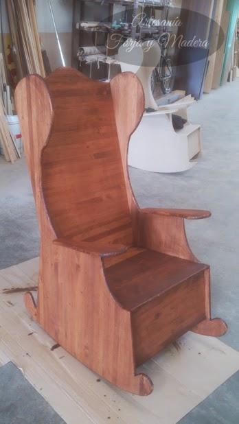 Artesan a forja y madera for Mecedora de madera