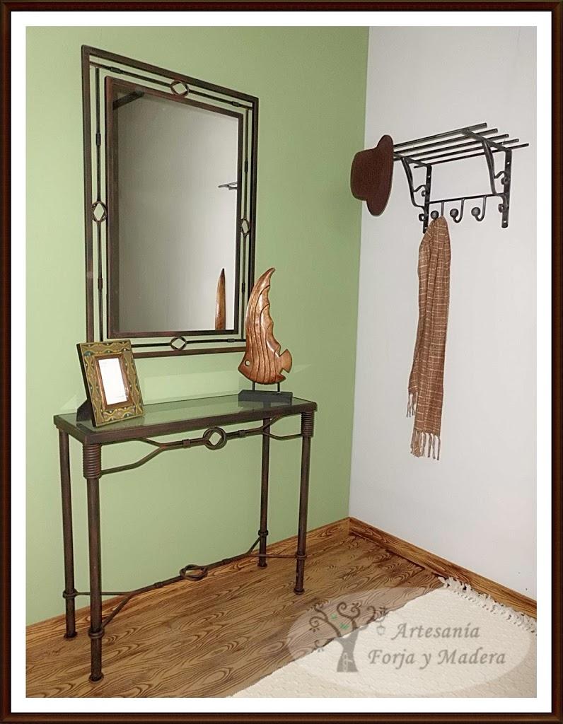 recibidor de hierro, en este caso el modelo nudos, ideal para casas