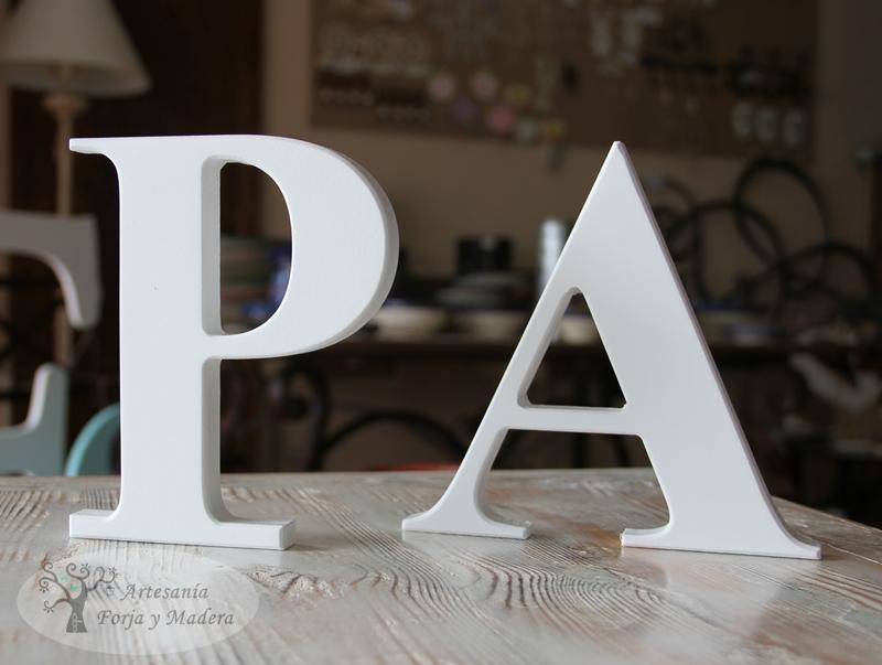 Letras madera comprar materiales para la renovaci n de - Casa letras madera ...