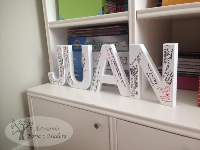 Nombre en Madera para Firmar