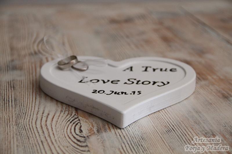 Porta Alianzas de Madera: Love Story