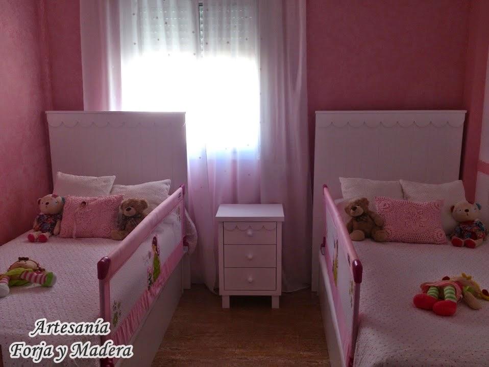 Dormitorio Blanco y Rosa con Blondas