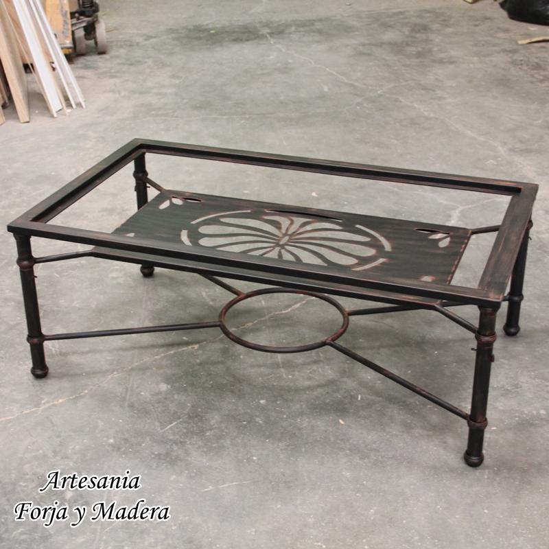 Mesa Elevable con Revistero fabricada en hierro