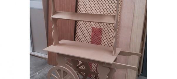Carro de chucherias de madera