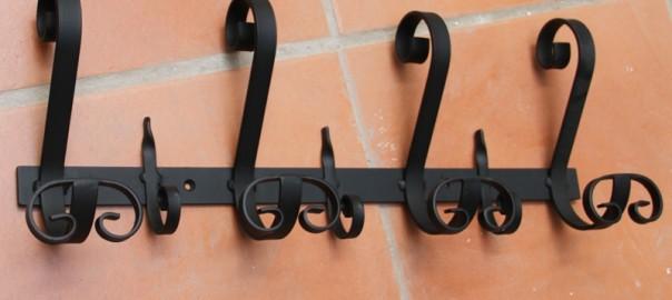 percha de hierro artesanal