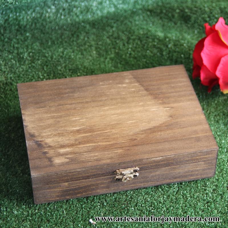 Artesan a forja y madera for Cajas de madera pequenas