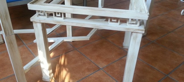 mesa de hierro greca