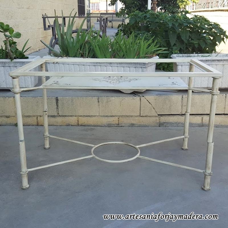 mesa elevable hierro qatar 1