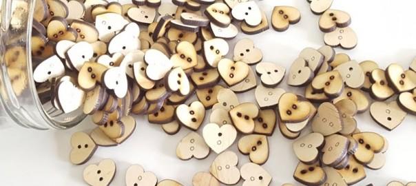 botones de madera corazon 2