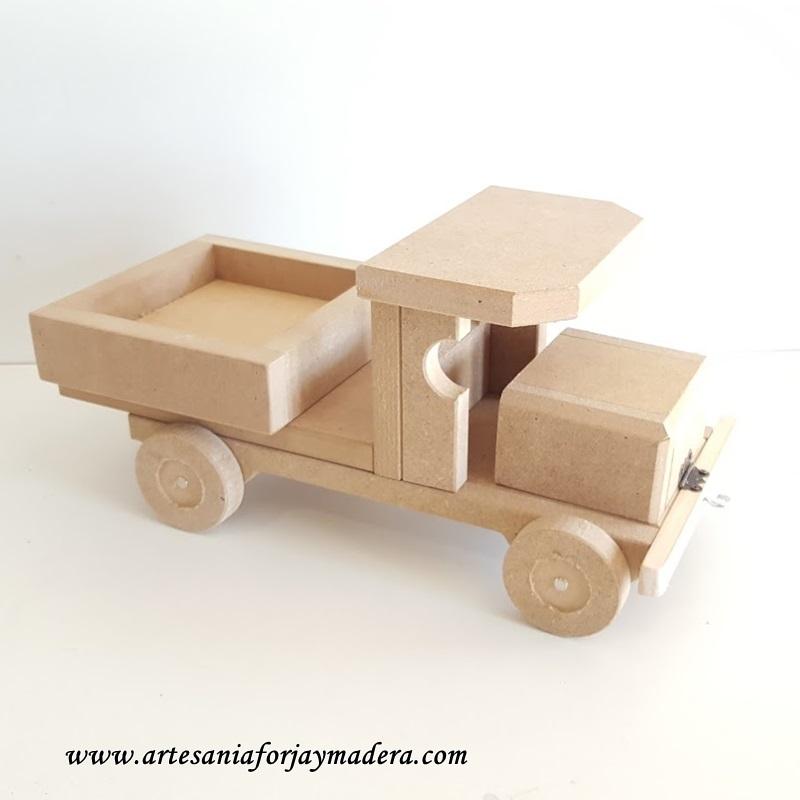 camion clasico sin pintar