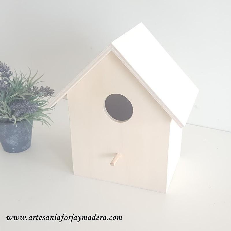 casita de pajaro de madera 1