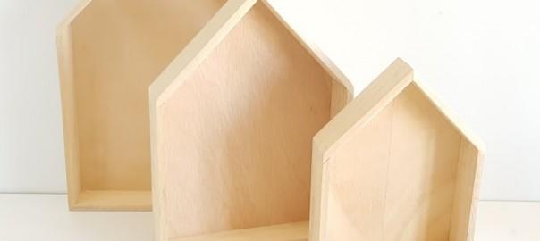 casitas de madera estante