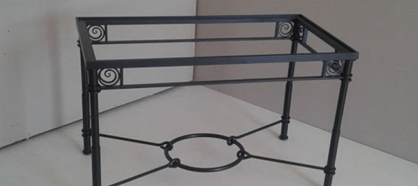 mesa dos alturas de forja 12