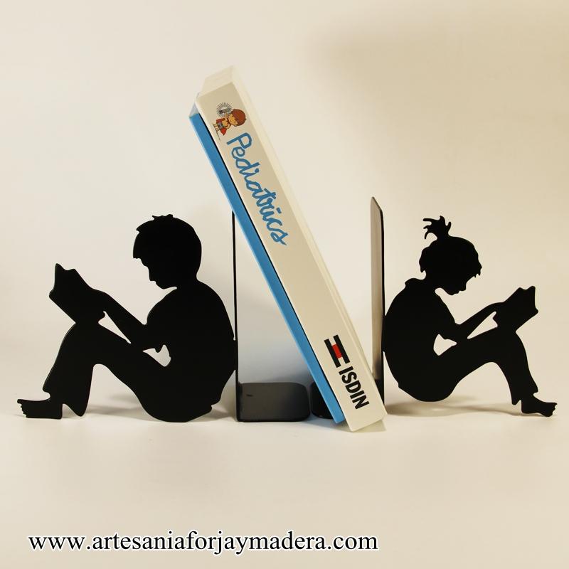 sujeta libros niños (1)