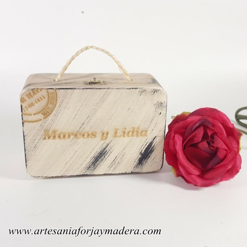 maleta de madera para bodas (1)