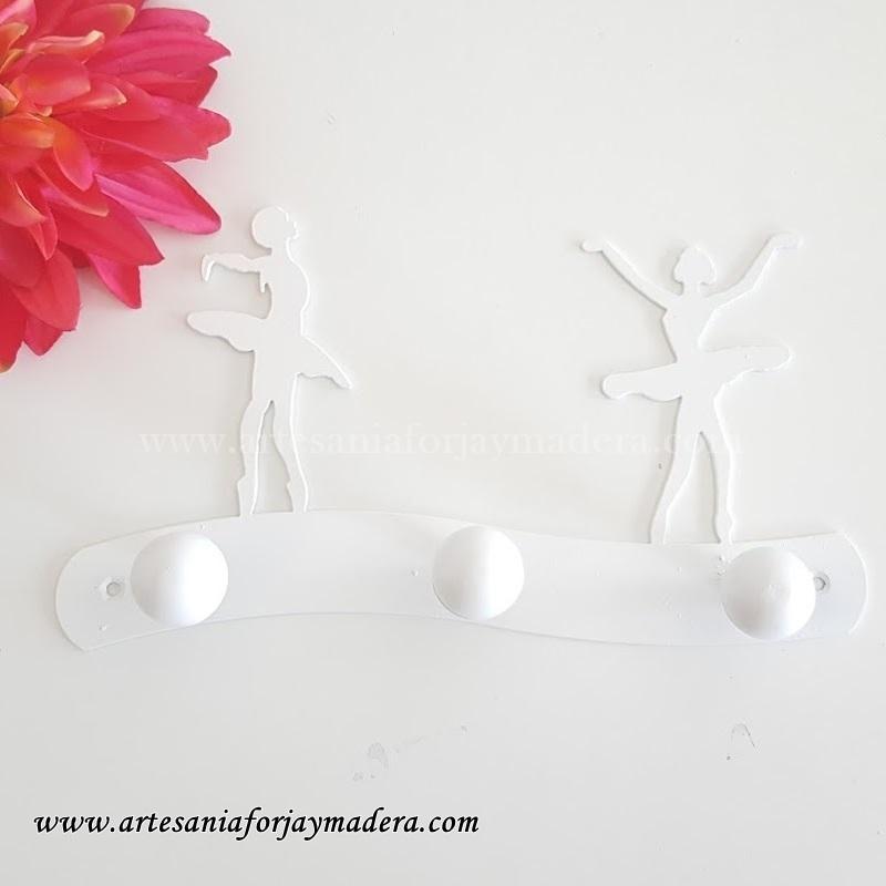percha-de-hierro-bailarina (4)