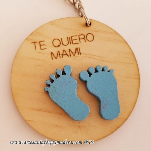 Llavero Redondo Mama con piececitos