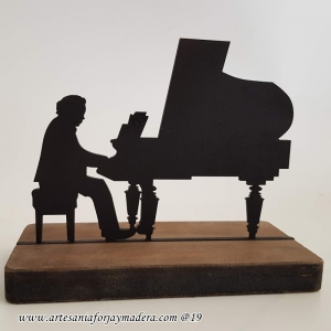 Regalo Pianista Music