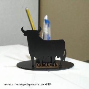 Lapicero Toro