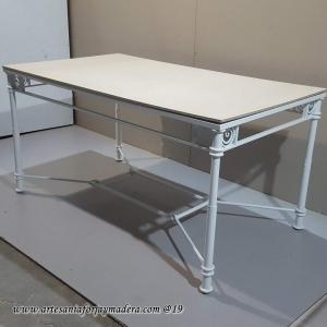 Mesa elevable viriato radiador con nudo patas redondas