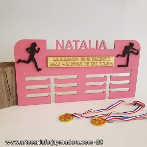 Medallero Madera con Frase Atletismo y Salto