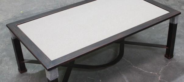 Mesa elevable de hierro para brasero