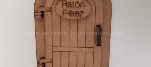 Puerta Raton Perez con colores